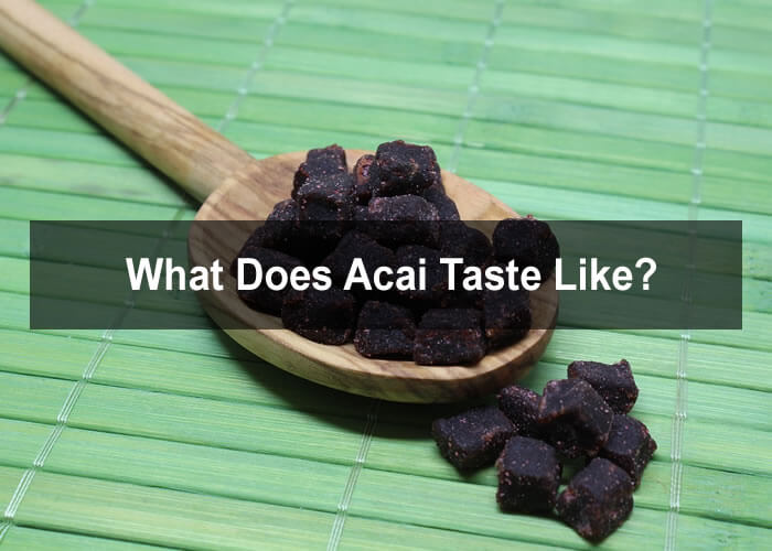 What does acai taste like